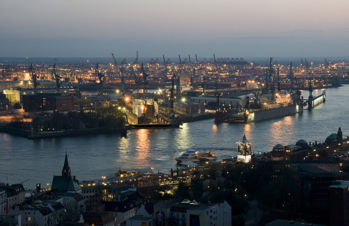Hamburg_harbour